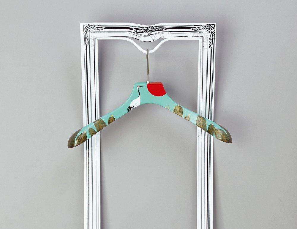 Art hangers